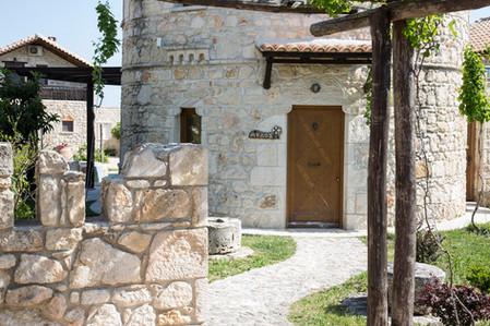 Milos private entrance