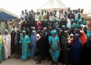 Muçulmanos xiitas visitam igrejas nigerianas para comemorar o natal com cristãos