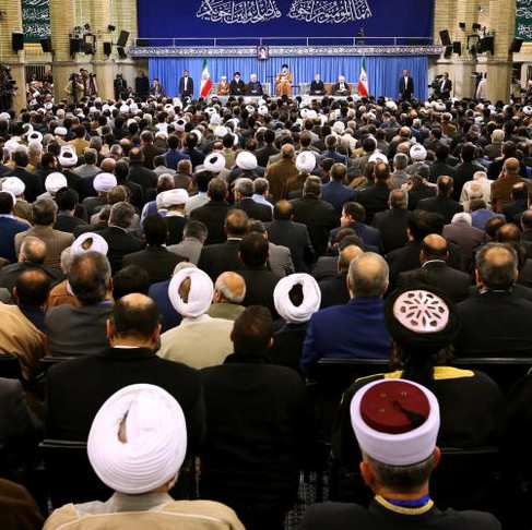 Nem socialismo nem democracia liberal: o Irã propõe uma terceira via