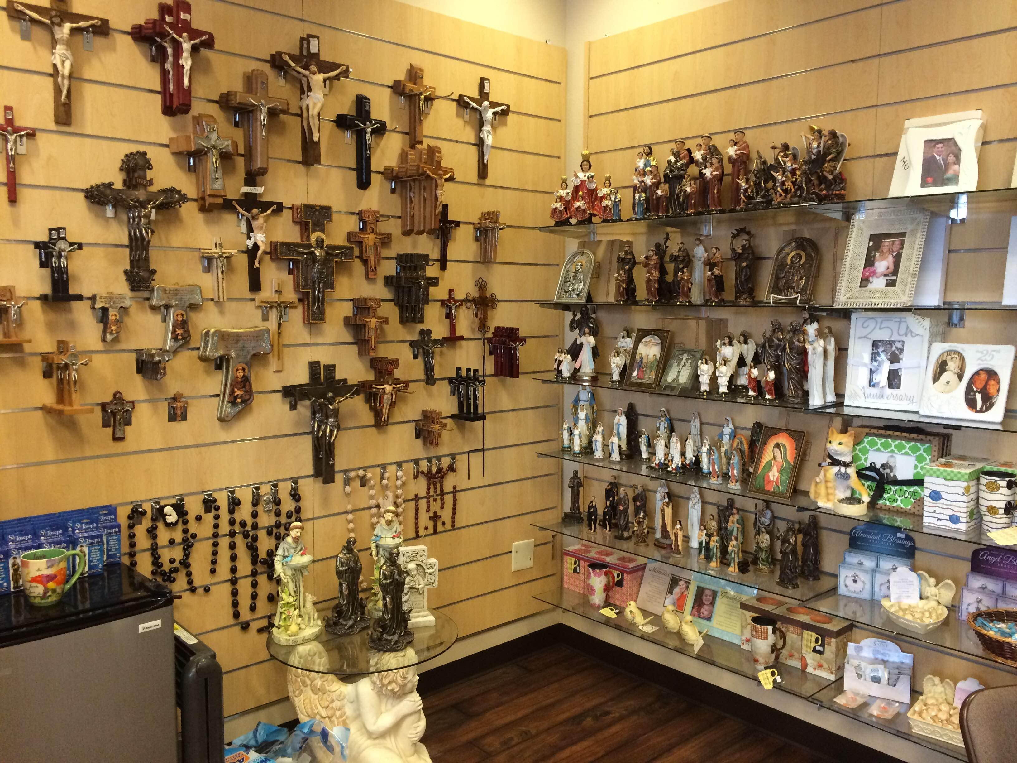 gift shop 4