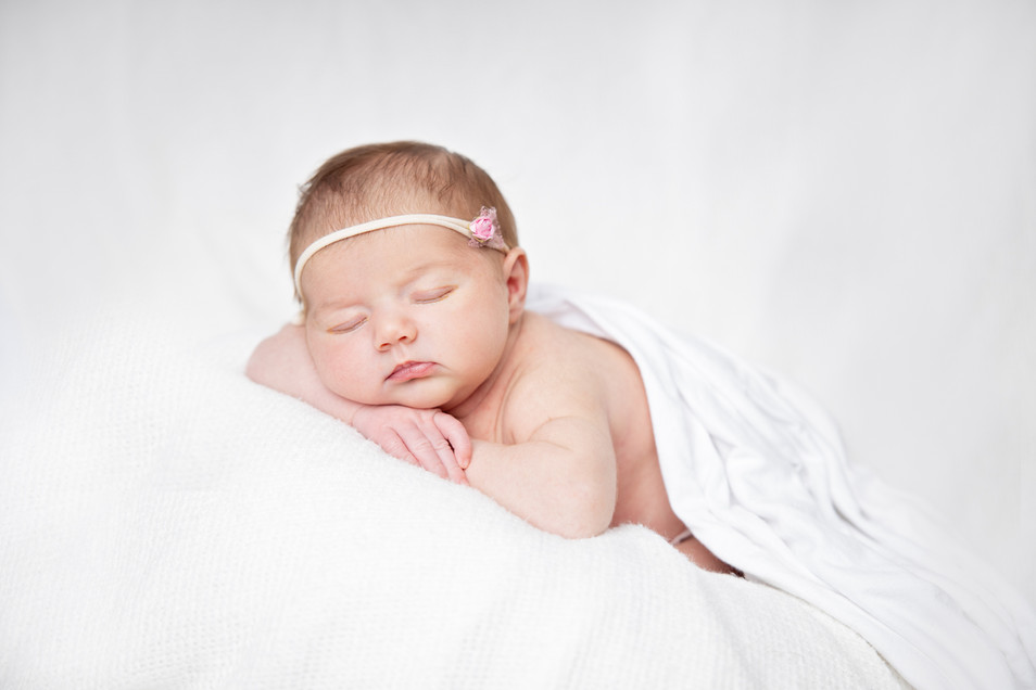 FLARE IMAGES NEWBORN PHOTOGRAPHY