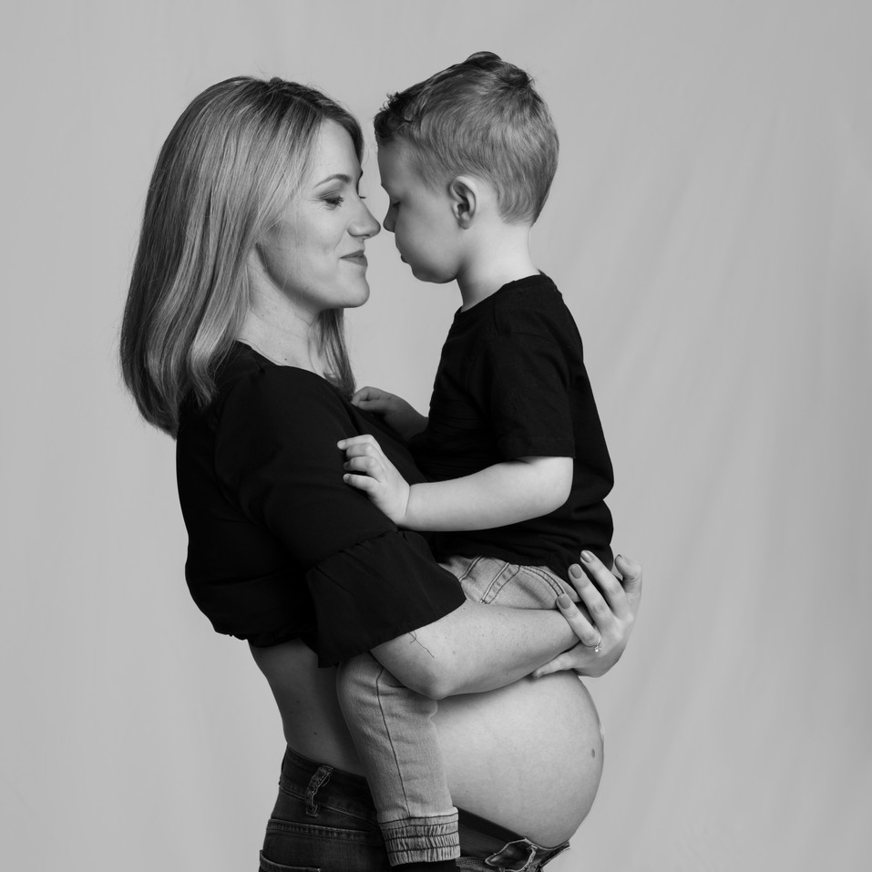 Brisbane Maternity Photography with toddler