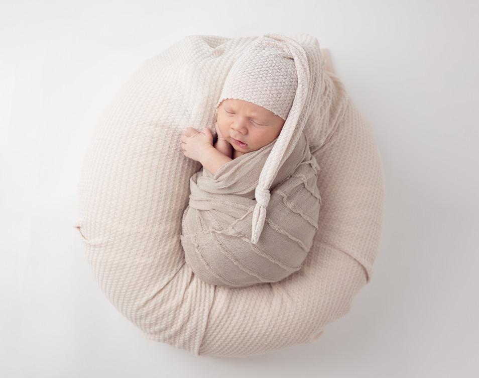 Flare Images Newborn Portraits.jpg
