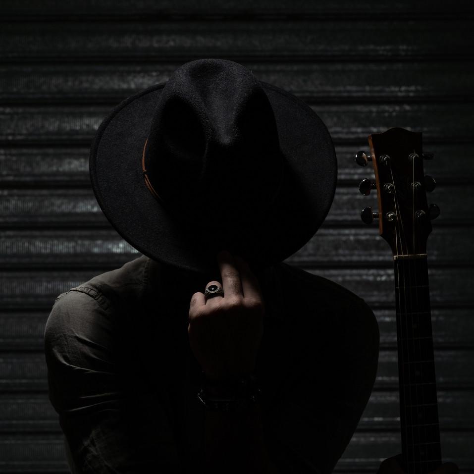 FLARE IMAGES- MUSICIAN PORTRAIT.jpg