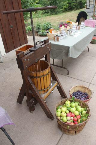 Fresh pressed cider anyone?