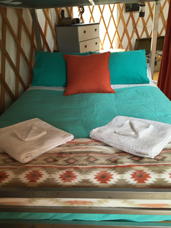 Linens & towels available