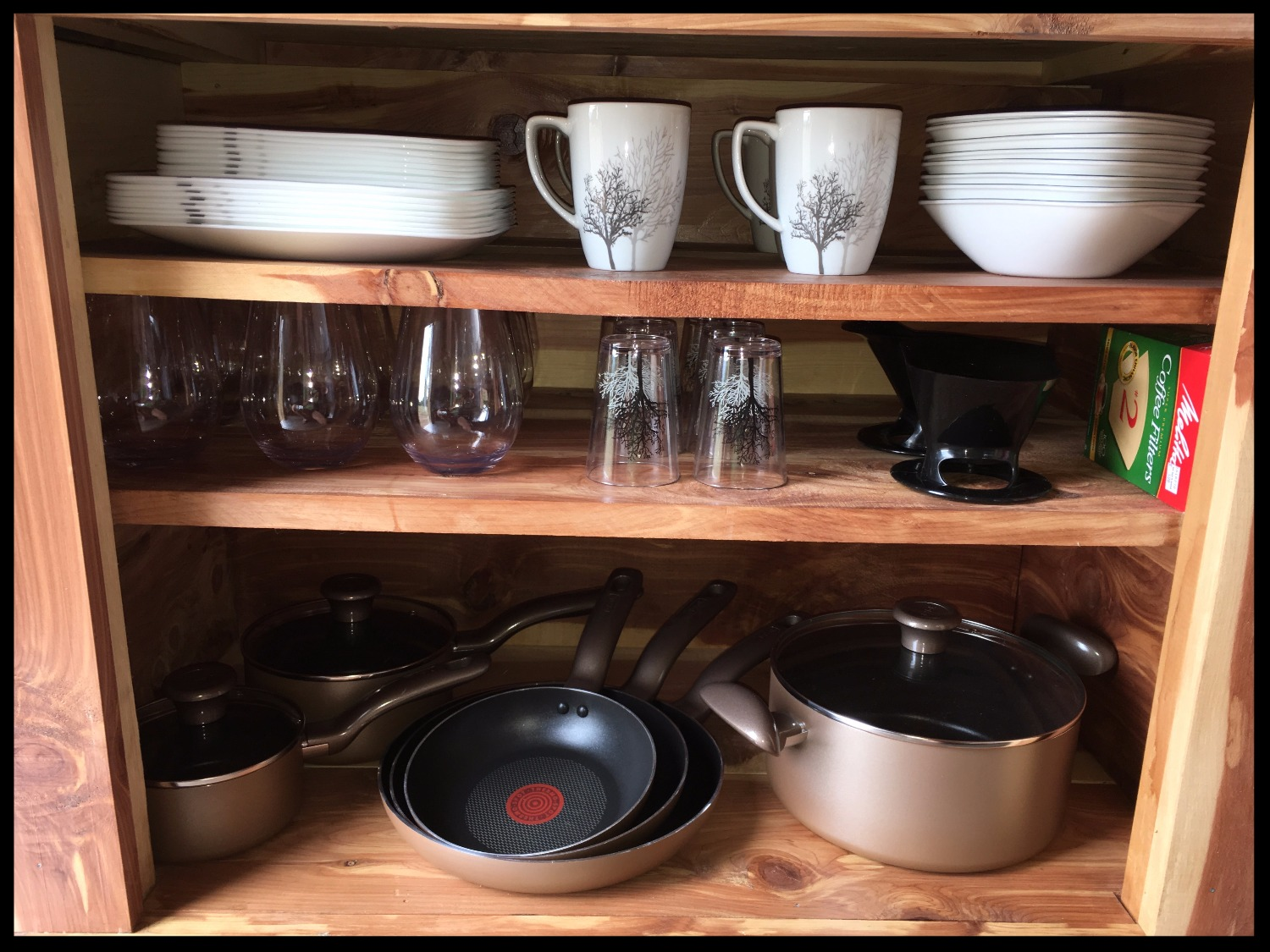 Complete cookware, dishes, utensils