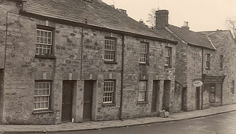 Mill Street with Helsons shop.jpg
