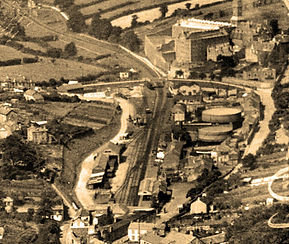008 Berrycombe Road and Gas Works  1932.