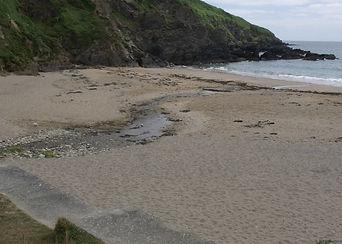 APAAN 03 Hemmick Beach with anti tank wa