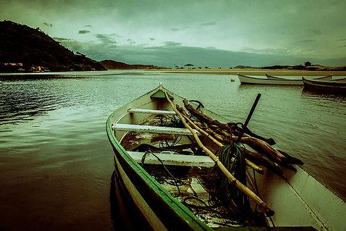 A pesca é trabalho e arte pro homem, hábitos e costumes... ancestralidade. Guarda do Embaú.