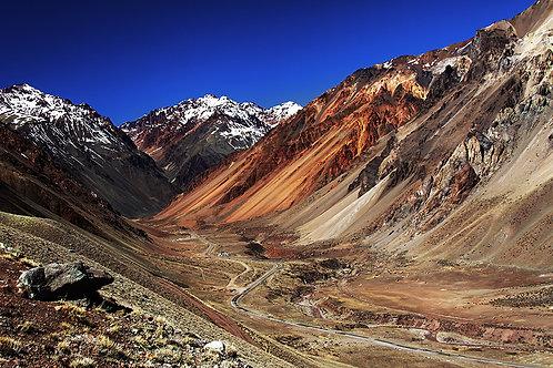 Percorrí um bom trecho da Cordilheira dos Andes... Essa foto foi feita durante a subida até ao gigante Aconcágua