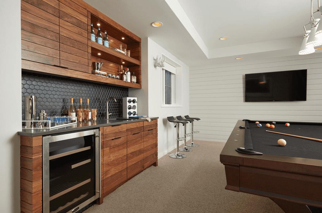 dark-wood-modern-bar-2