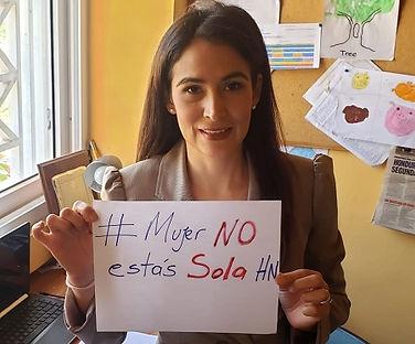 Periodista_Alejandra_Rodríguez_y_presen