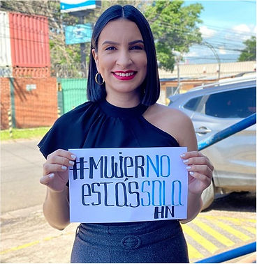 Bessy_Betanco,_licenciada_en_periodismo_