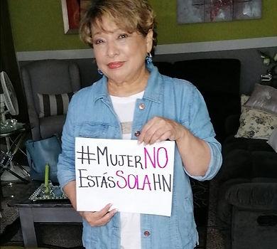 Mayra Navarro periodista y ganadora de u