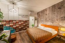 Camera Pitti