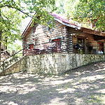 IMG_0507_Five Oaks Cabin.jpg