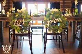 Dining Tables: Gray Panama Linen Head Table: Wood Farm Tables (rented on behalf of the client) Bistro Tables: Gray Panama Tweed Napkins: Ivory Cotton Chairs: Mahogany Chiavari Photo Credit: Sarah Baker Photos | sarahbakerphotos.shootproof.com