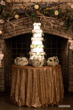 Cake Tablecloth: Antique Gold Glitz & Glimmer Floral: The French Bouquet Photo Credit: Ace Cuervo