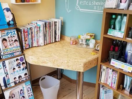 【夏休みにDIYでテーブルとレジ台をリメイク♪】