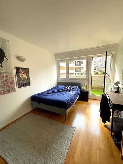 Chambre privée meubléé et équipée dans un appartement en coliving Paris