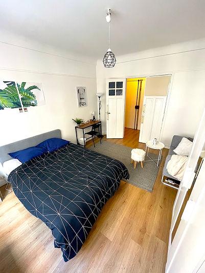Chambre meublée et décorée avec goûts dans un appartement en coliving Paris