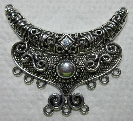Antique Silver Metal Pendant/Center Piece