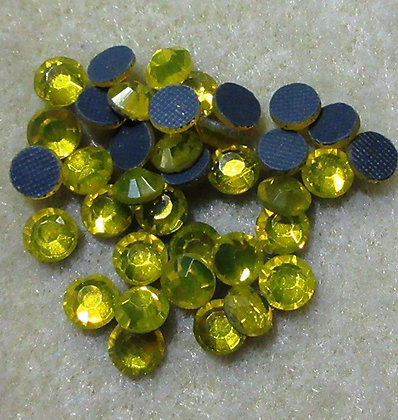 HF27-4 - 4mm Daffodil Hot Fix Crystals, 50/Package