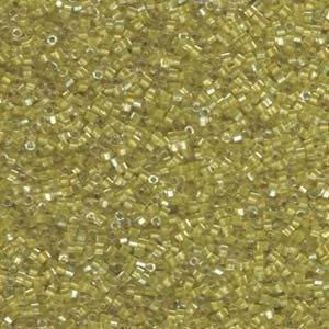 DBC910 Sparkling Light Yellow Lined Crystal