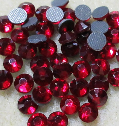 HF41-4 - 4mm Garnet Hot Fix Crystals, 50/Package