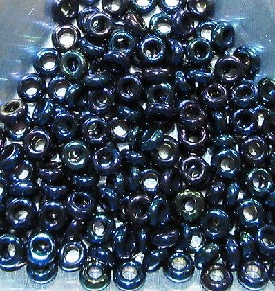 6-82 - 6/0 Navy Blue Iris Metallic, 7.2 Grams