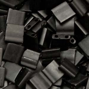 Tila Black Matte