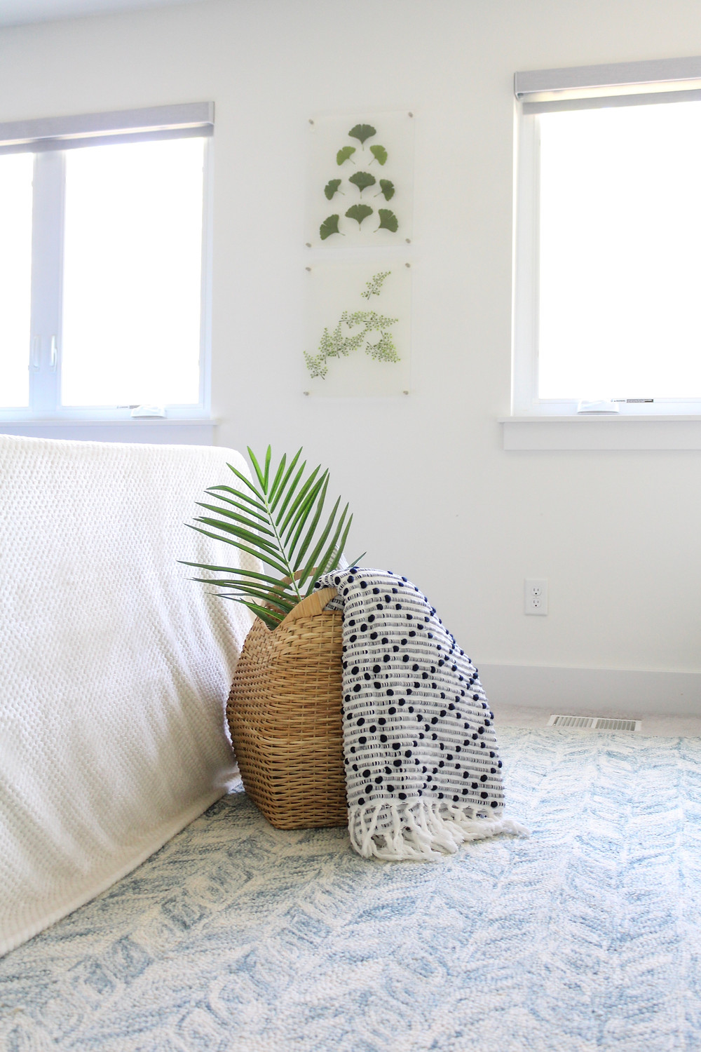 One Room Challenge - Week 6: The Modern Coastal Master Bedroom Makeover. #bhgorc #oneroomchallenge #betterhomesandgardens