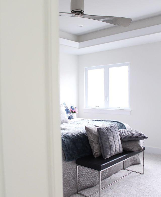 Spring 2019 One Room Challenge - Master Bedroom Makeover. #oneroomchallenge #BHGORC #masterbedroom