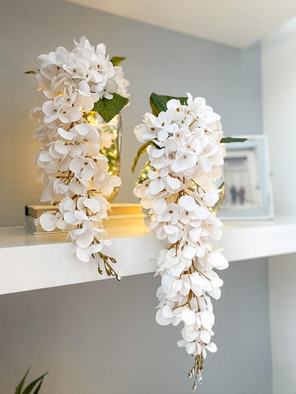 Easy Breezy Modern Minimalist Shelf Styling For The Summer Months #summerstyle #homedecor