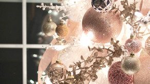 8 Christmas Color Schemes That Are Sure To Bedazzle