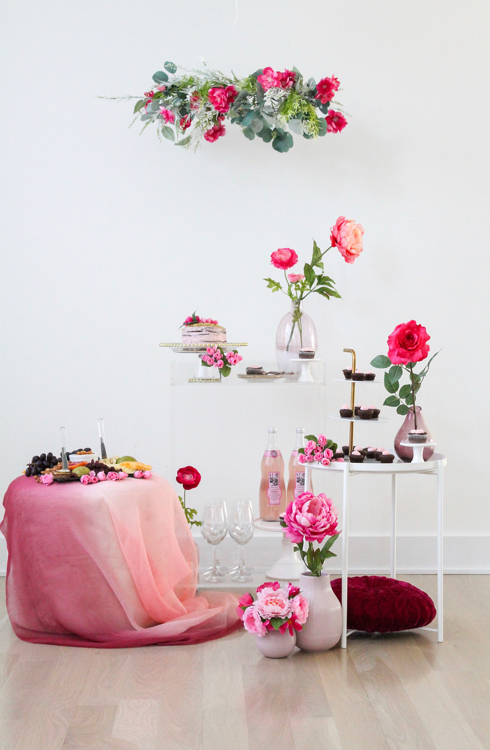 Valentine's Day Bar Cart Styling. #barcart #barcartideas #valentinesday #prettyinpink
