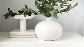 DIY Vase Makeover With Paint and Baking Soda