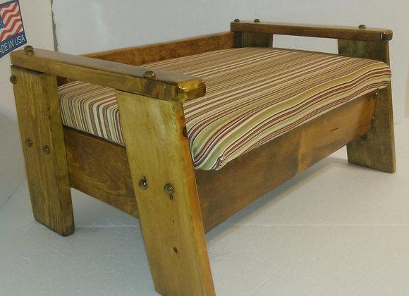 CUSHIONED PET STEP SMALL PET BED  21-1/2 ''L X 14-1/2'' WIDE X 10-1/2'' TALL