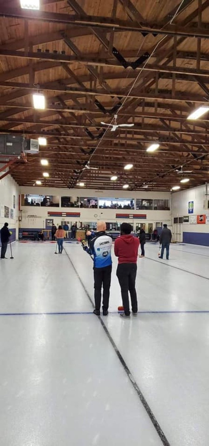 11th Annual Curling for Puppies Bon