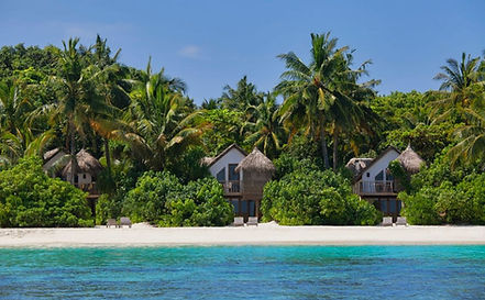 Soneva_Fushi_villas_–_living_IN_the_envi
