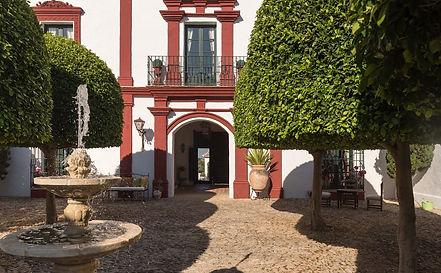 luxury-villas-seville-hacienda-montellan