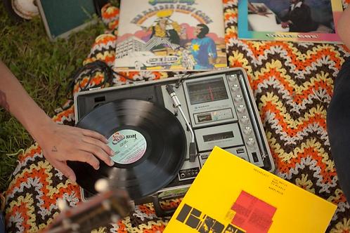 Circa 1970's Sanyo suitcase record/cassette player & radio