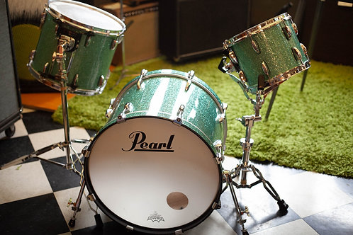 Used Pearl Turquoise Sparkle Drum Kit w/ 2 stands