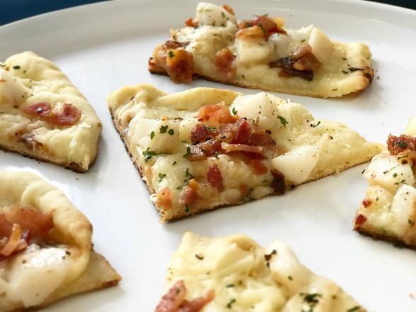 chopped scallop + crispy bacon + melted mozzarella flatbread