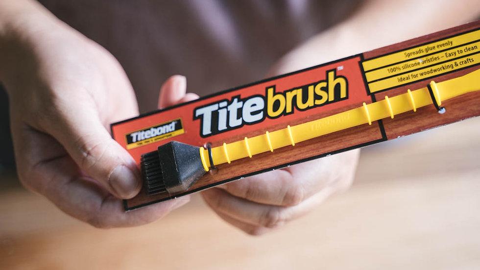 Tite-Brush