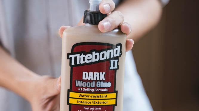 Titebond 2 Dark Glue (8 OZ)