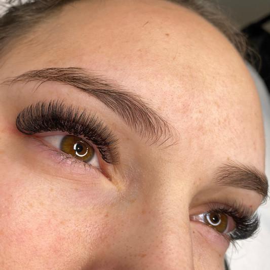 Eyelash extensions Wellington