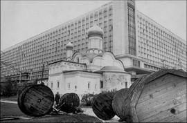 """Rossiya"" hotel. Photo by Henri Cartier-Bresson, Moscow, USSR, 1972"